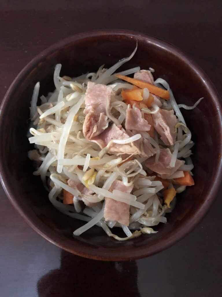 Bean Sprouts and Ham Stir Fry